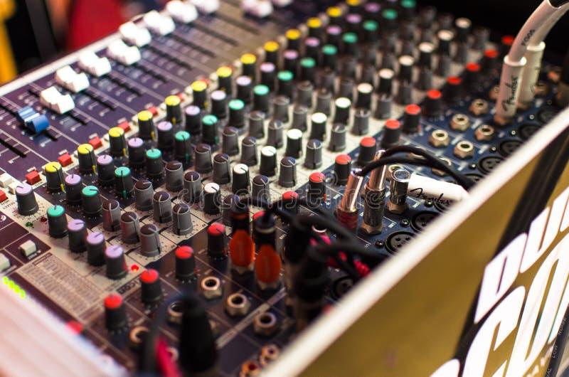 Amplificador, análogo, audio foto de archivo