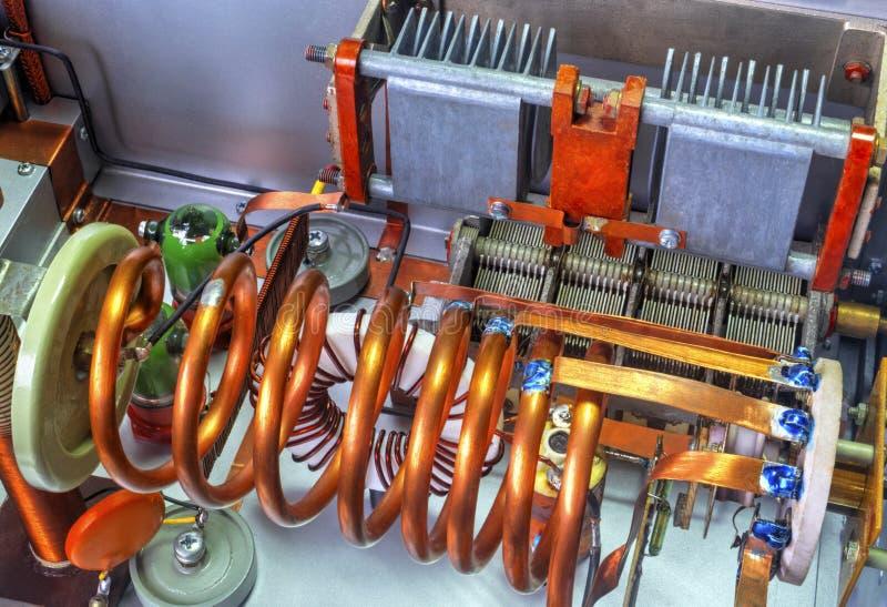 Amplificador de potência da onda curta dos tubos de vácuo imagens de stock royalty free