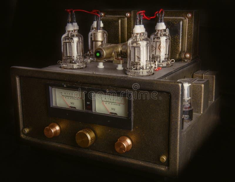 Amplificador feito a mão do tubo foto de stock