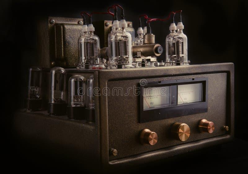 Amplificateur fait main de tube photographie stock libre de droits