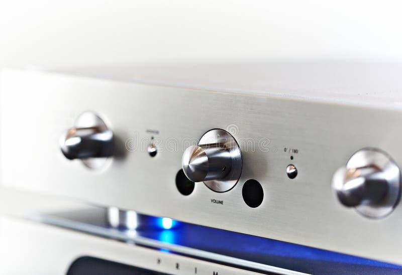 amplifikatoru końcówka wysoki stereo obraz stock