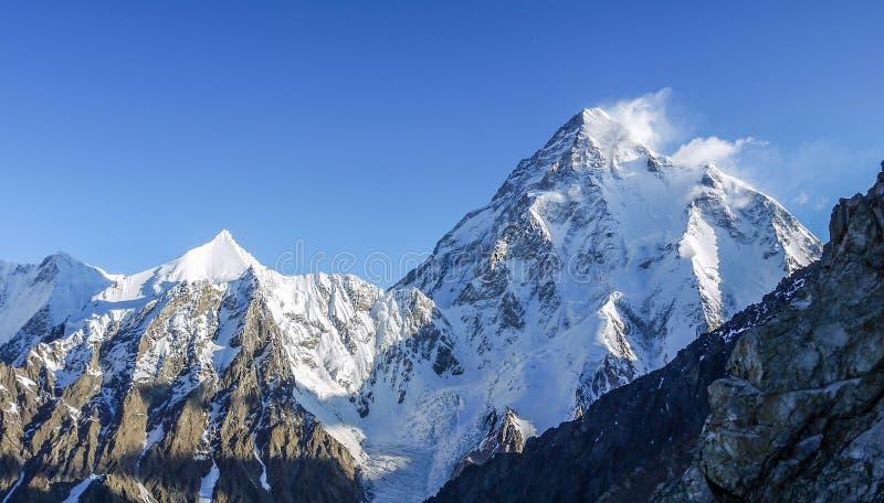 Amplio pico de 8.047 metros sobre el nivel del mar fotos de archivo libres de regalías