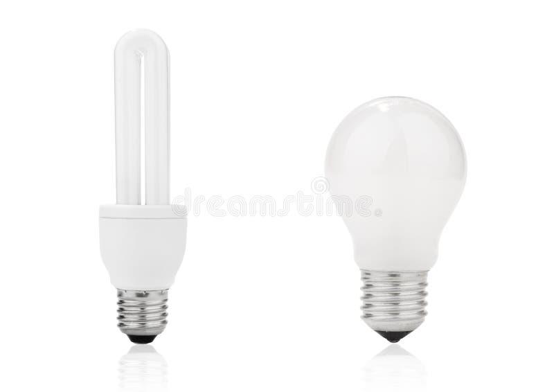 Ampola e lâmpada fluorescente da economia de energia foto de stock