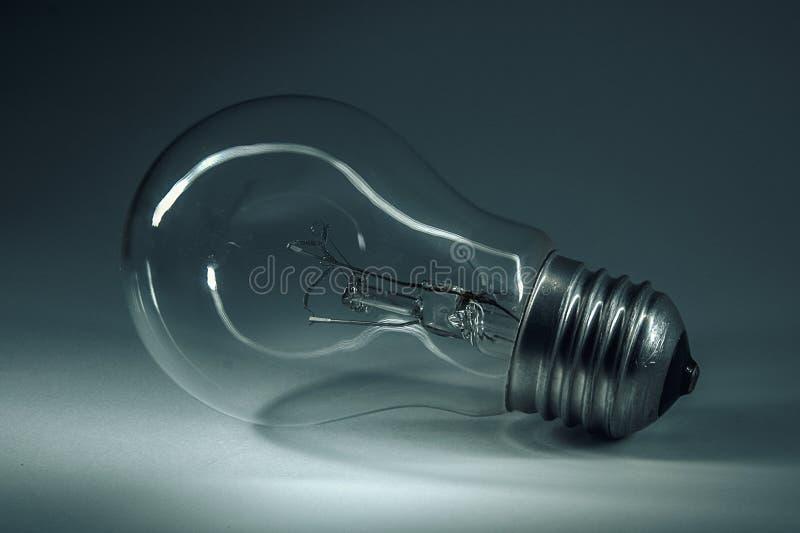 ampola home Em antecipação à luz Grande invenção imagens de stock royalty free