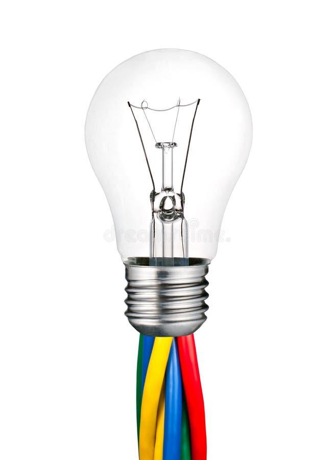 Ampoule attachée aux câbles colorés d'isolement illustration stock
