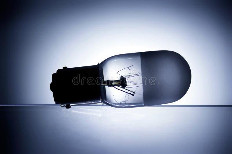 Ampoule avec le filamnt cassé photos stock