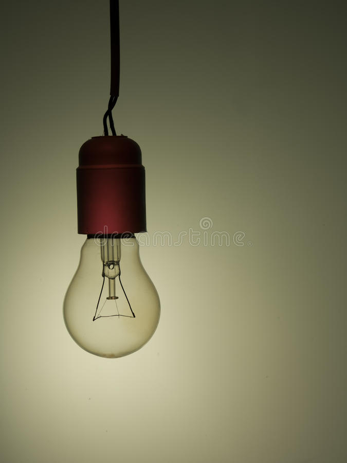 Ampoule incandescente de style de chambre meublée vieille image stock