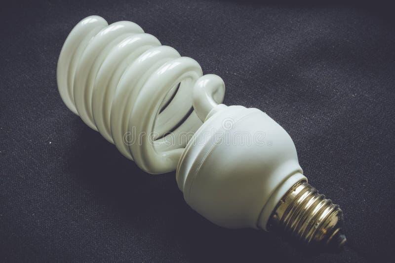 Ampoule spiralée photo stock