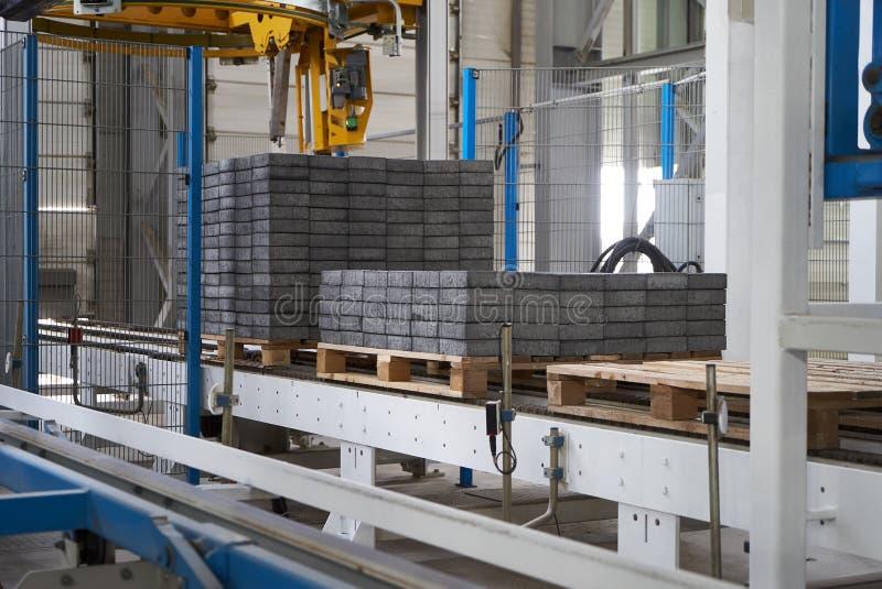 Ampuła składuje hangar fabryczny wnętrze obraz stock
