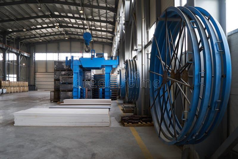 Ampuła składuje hangar fabryka obrazy stock