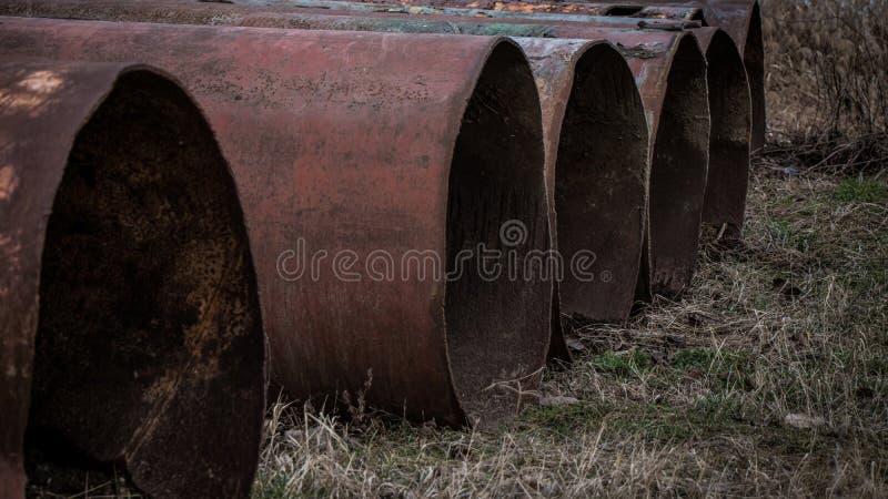 Ampuły żelazo ruruje outside zdjęcia stock