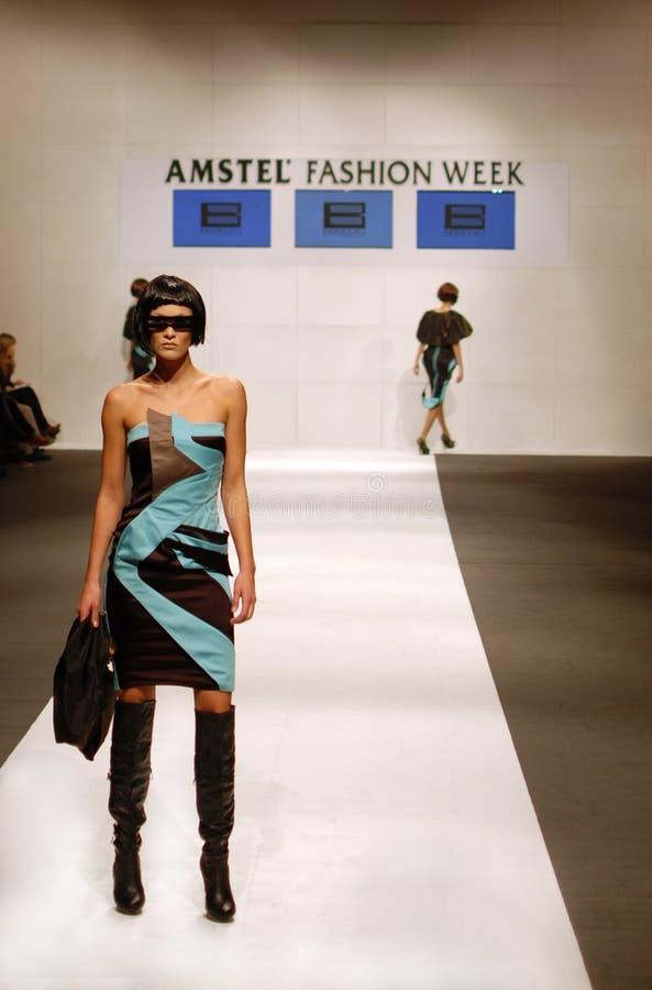 amstel贝尔格莱德时装模特儿星期妇女 库存图片