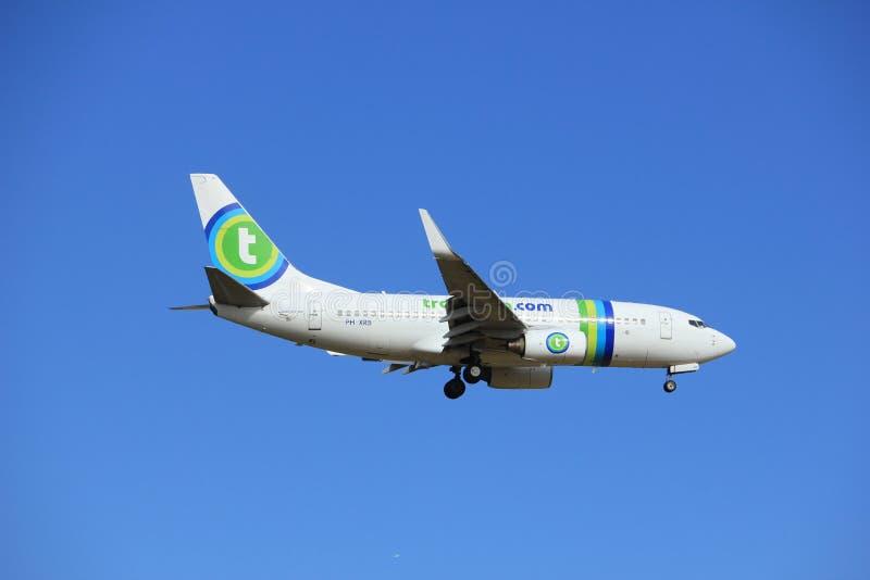 Amsterdão, os Países Baixos, julho, 15o 2016: PH-XRB Transavia Boeing 737 imagens de stock