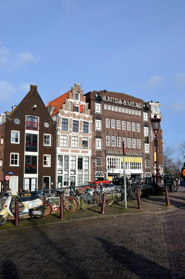 Download Amsterdam fotografia editorial. Obraz złożonej z tradycyjny - 41955377