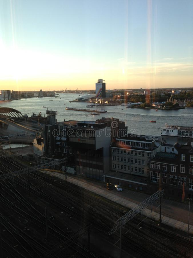 Amsterdam amstel centrali staci centrum miasta fotografia stock