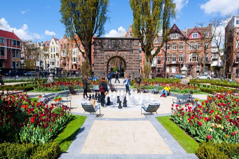 AMSTERDAM-APRIL 30: Ogród przy Rijksmuseum na Kwietniu 30, 2015 (stanu muzeum) obraz royalty free