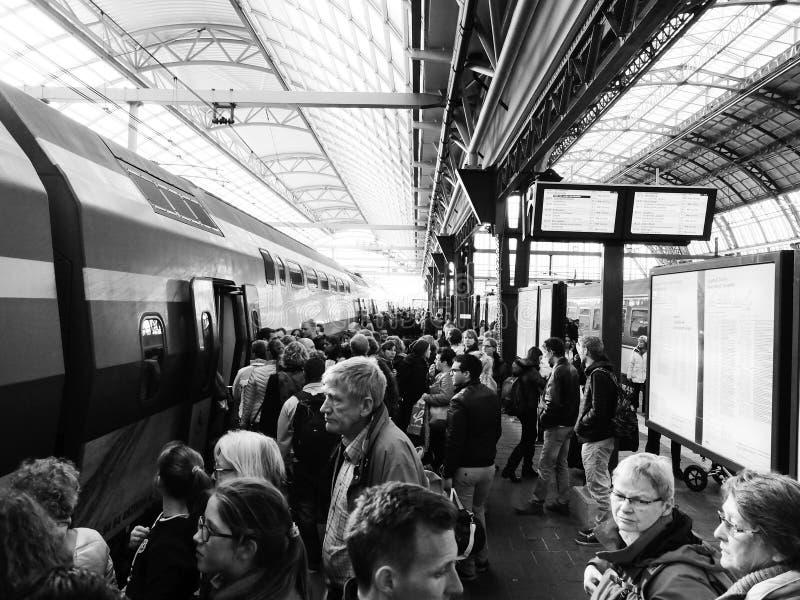 Amsterdam-Bahnstation lizenzfreies stockbild