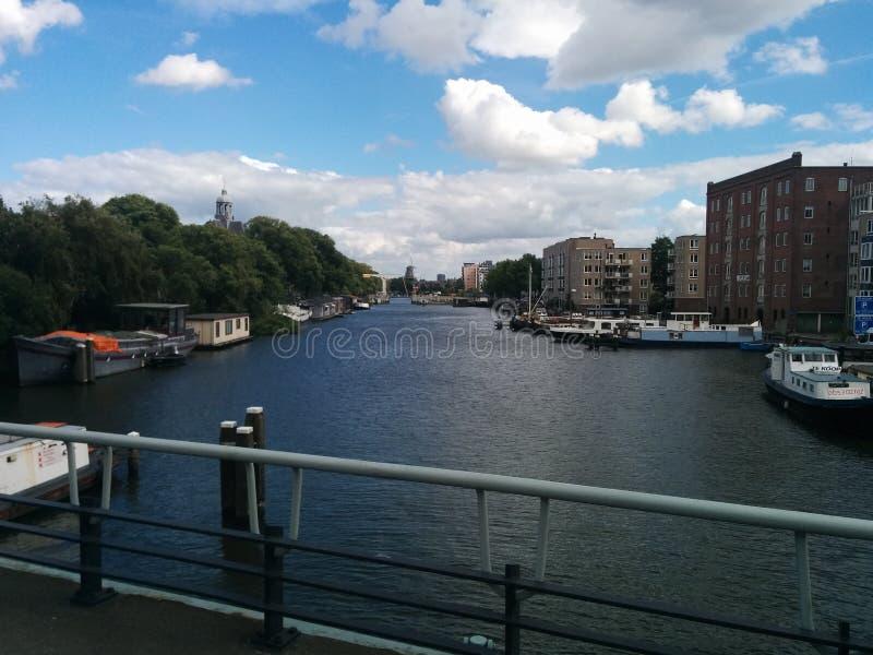 Amsterdam& x27 ; canal de s images libres de droits