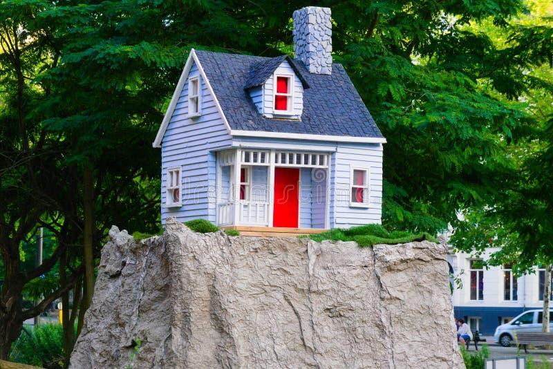 05-07-9019 amsterdam den nederländska artzuiden i det amsterdam huset på kullen arkivbilder