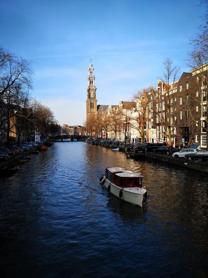 Amsterdam Gracht Schiff foto de archivo