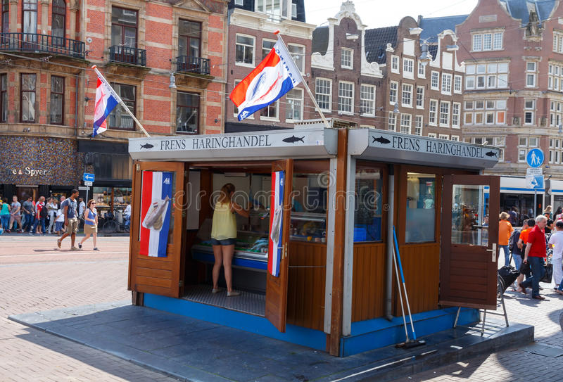 amsterdam Harengs, un aliment néerlandais traditionnel photo stock