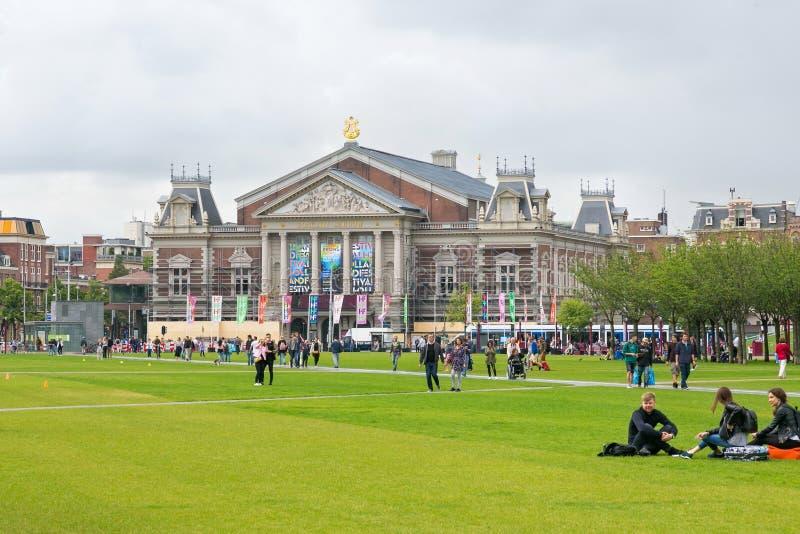 AMSTERDAM, holandie - CZERWIEC 25, 2017: Widok Królewska filharmonia Concertgebouw w Amsterdam obraz royalty free
