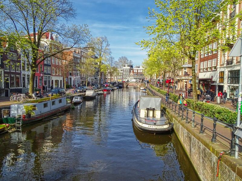Amsterdam kanal arkivfoto