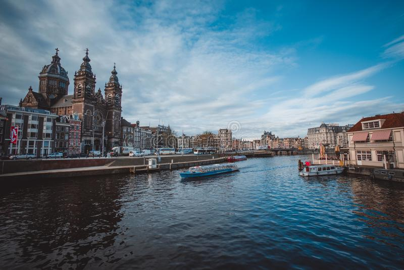 Amsterdam kanaler royaltyfria foton