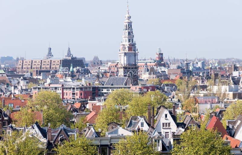 amsterdam Nederländerna Härlig typisk stadsarkitektur royaltyfri fotografi