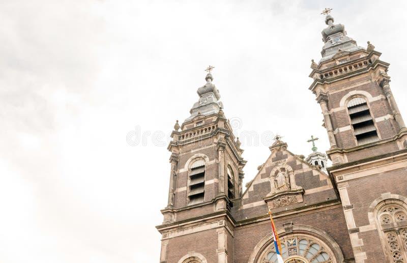amsterdam Nederländerna Härlig typisk stadsarkitektur royaltyfria foton