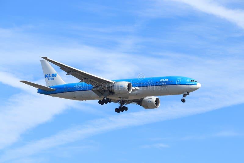 Amsterdam, Nederland - Februari, 24ste 2019: Ph-BQN de Luchtvaartlijnen Boeing 777-206 van KLM Royal Dutch royalty-vrije stock fotografie
