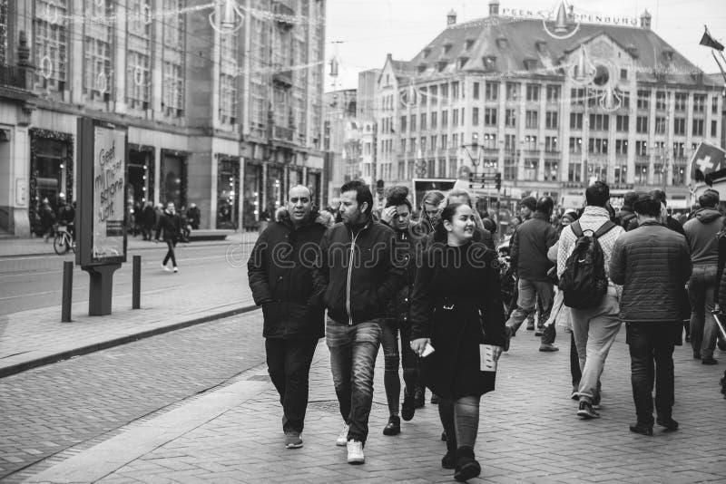 Amsterdam, Nederland, 2 Januari, 2017: Het dagelijkse leven in Amsterdam levensstijl royalty-vrije stock foto's