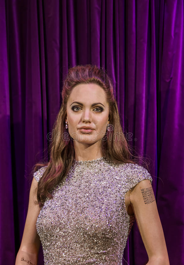 AMSTERDAM, NETHERLANDS - APRIL 25, 2017: Angelina Jolie wax stat. Ue in Madame Tussauds museum on April 25, 2017 in Amsterdam Netherlands royalty free stock photos