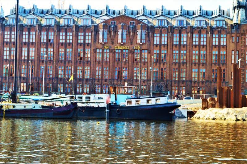Amsterdam och Amstel flod, Nederländerna, Europa royaltyfri bild