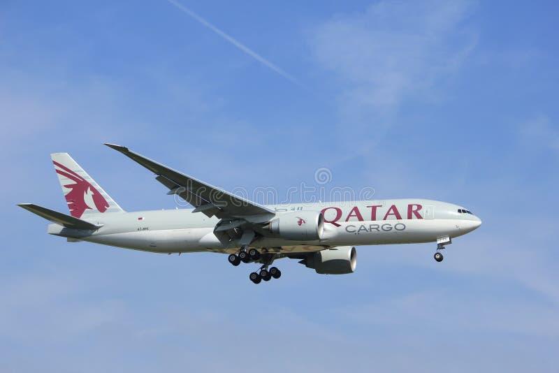 Amsterdam, Pays-Bas, juillet, 2016 21ème : Cargaison Boeing 777 d'A7-BFE Qatar Airways photo stock