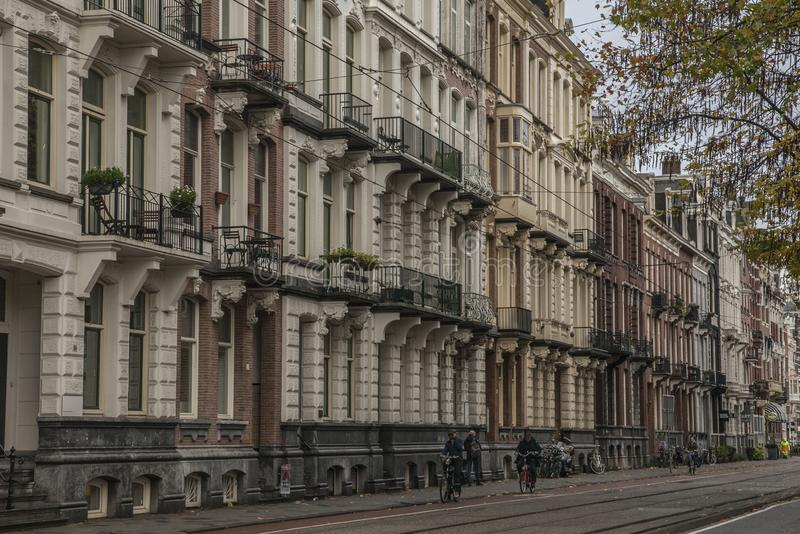 Amsterdam, Pays-Bas - rues et cyclistes image stock