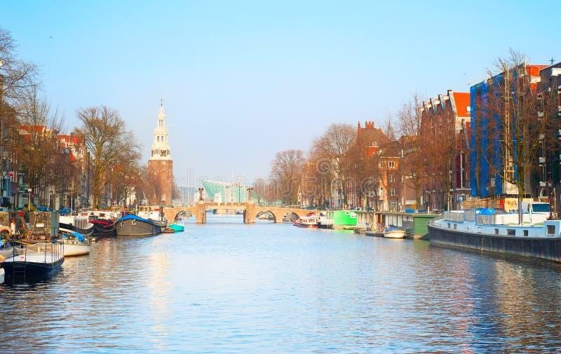 Download Amsterdam pintoresca foto de archivo. Imagen de lugar - 44850800