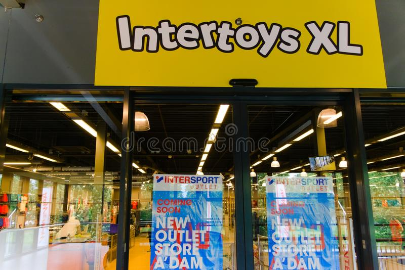 06-07-9019 Amsterdam, welches die niederländischen schlechten Nachrichten für die täglichen intertoys zum Konkurs tun stockfoto