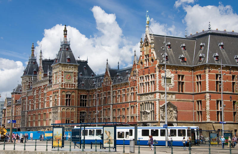 Amsterdam-Zentrale-Station lizenzfreies stockbild