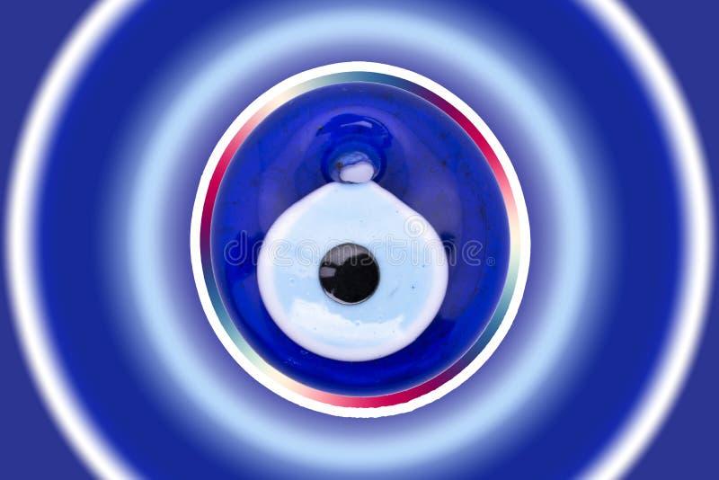 """Amuleto do olho mau no fundo branco  """"Nazar de Boncugu†do olho turco de vidro sobre fotos de stock"""