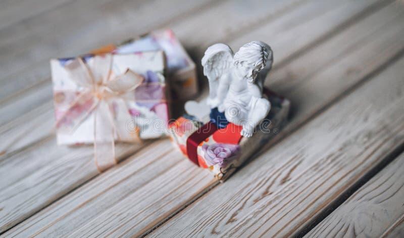 amur Amorek postać Rocznik Rocznika amorek Chłopiec anioł valentine fotografia royalty free