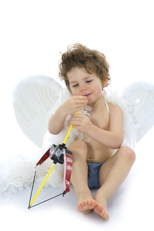 Download Amur Mantiene L'arco Con Il Dardo Immagine Stock - Immagine di asta, arco: 3880185