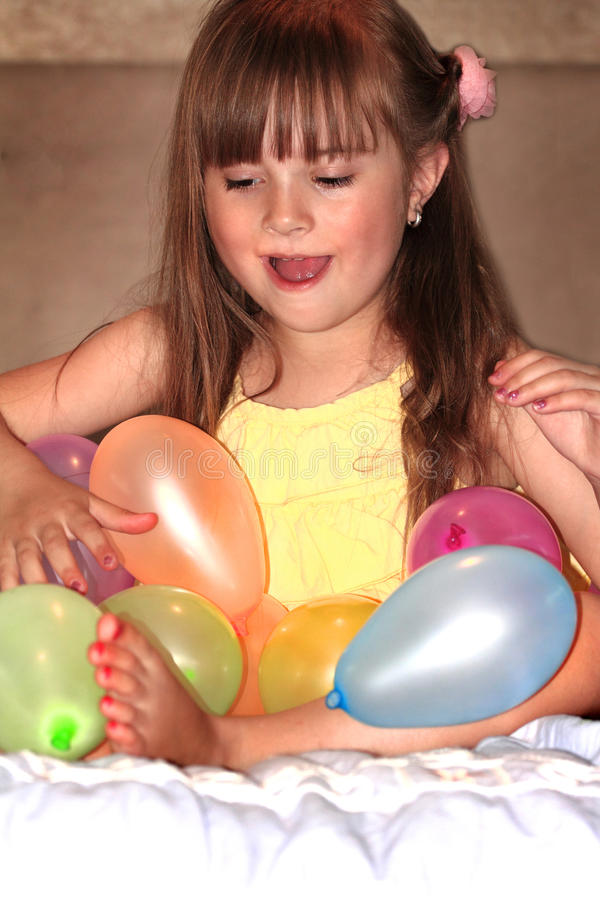 Amusement avec des ballons photographie stock