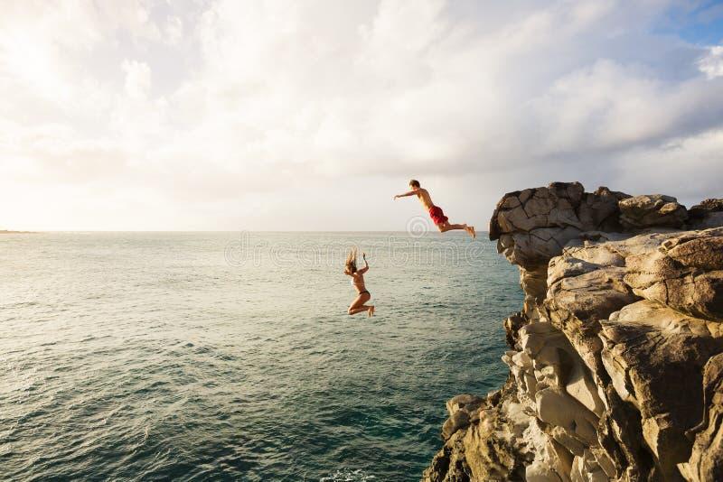 Amusement d'été, Cliff Jumping photos stock
