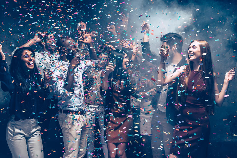Amusement de confettis photos stock
