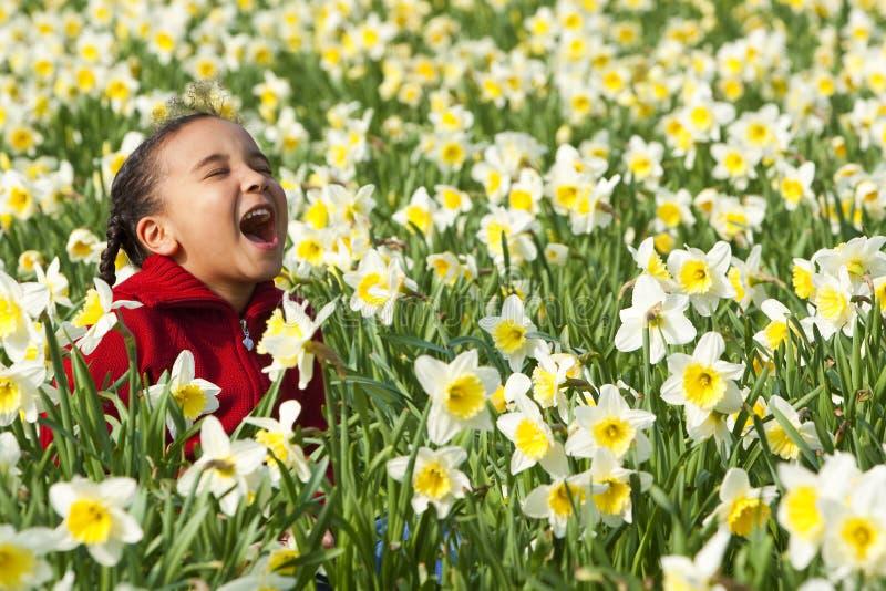 Download Amusement de printemps image stock. Image du interracial - 8660309