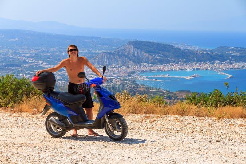 Amusement de scooter photographie stock