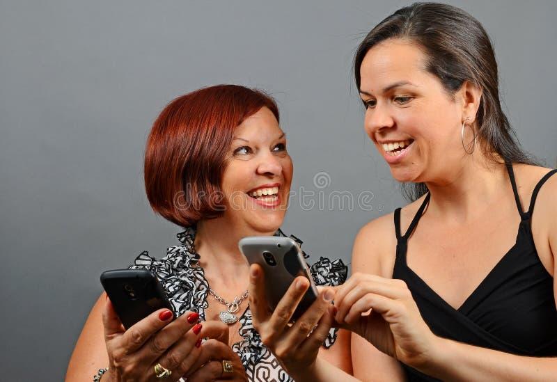 Amusement de téléphone portable image stock