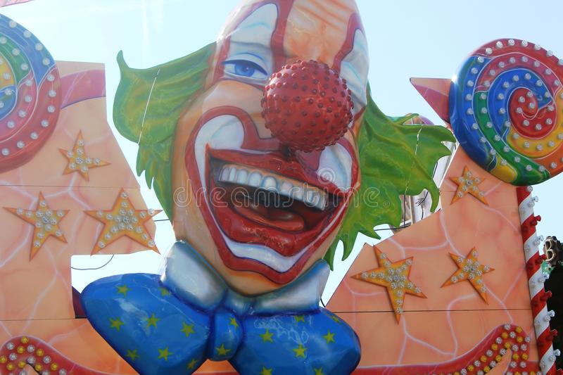 Amusement Parc avec le visage de clown photo libre de droits