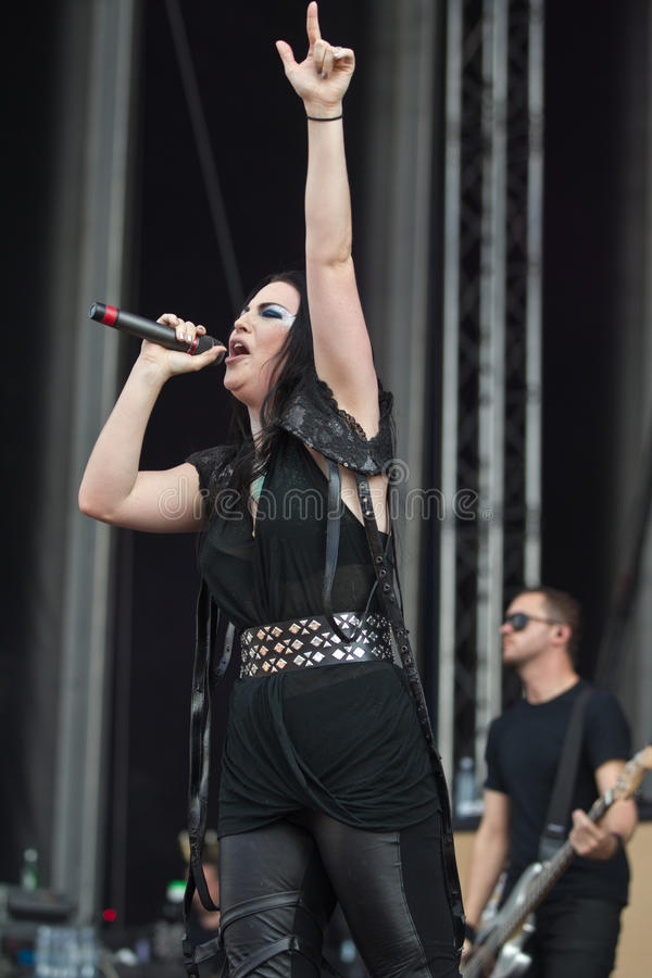Download Amy Lee editorial stock image. Image of evanescence, scene - 25542194